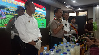 Operasi Cipta Kondisi, Polres Cirebon Amankan Ribuan Botol Miras