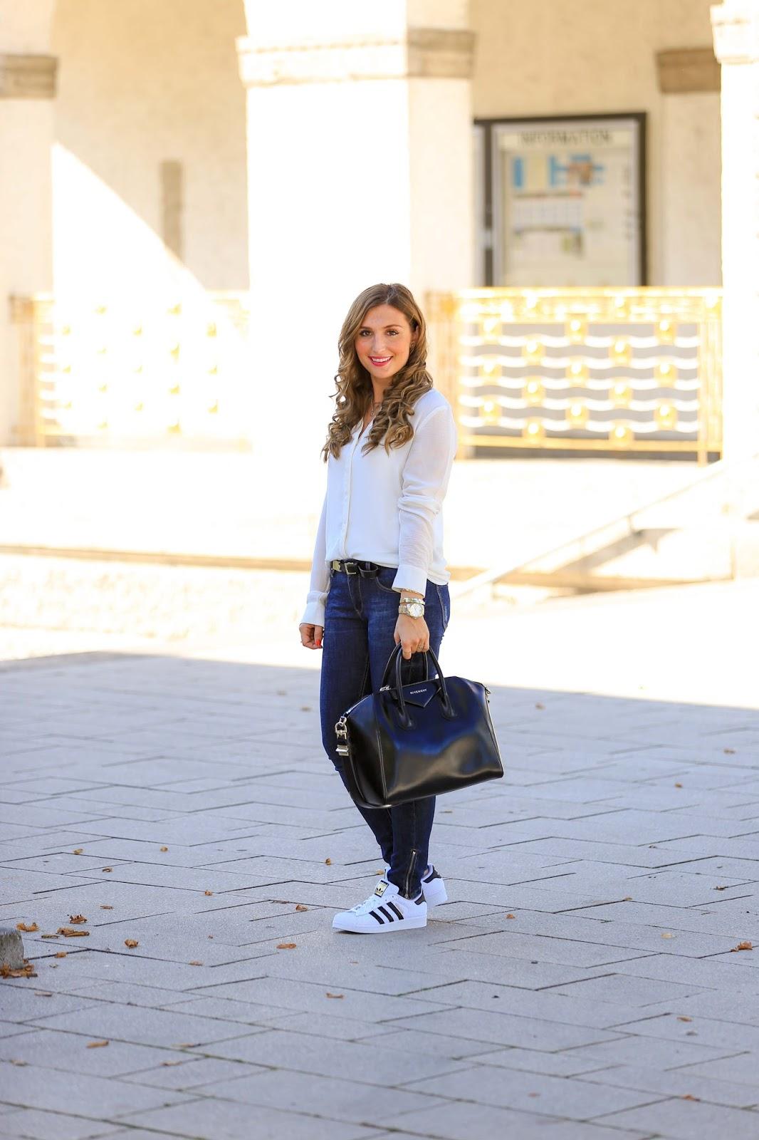 Casual Streetstyle-Streetstyle-adidas-stan smitsh-Fashionstylebyjohanna-Blogger-Fashionblog-Outfit-Modeblog-München-deutsche-Fashionblogger-Influencer-rosa-Givenchytasche