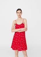 http://shop.mango.com/PL/p0/kobieta/odziez/sukienki/kombinezony-krotkie/lejaca-sukienka-na-ramiaczkach?id=13070298_56&n=1&s=prendas.vestidos
