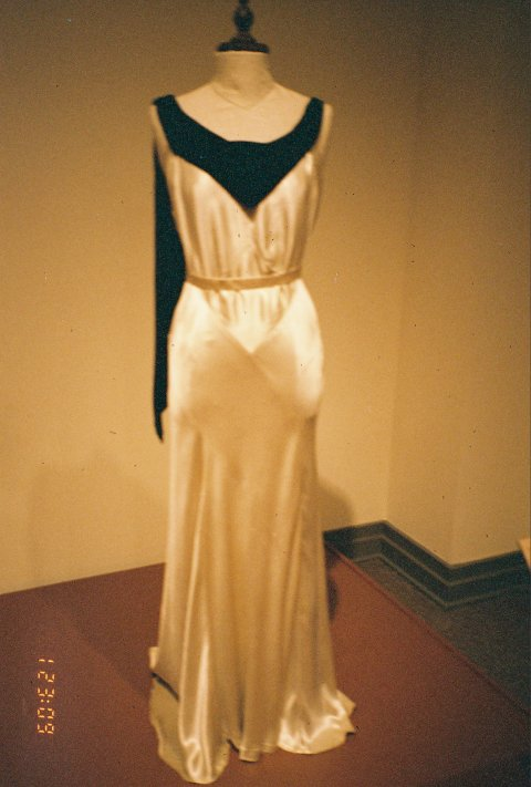 The Flick Chick: 88th Academy Awards: Best Costume Design  |Gosford Park Costumes