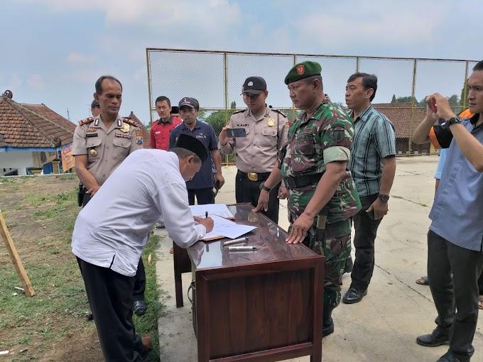 Danramil 0819/16 Puspo Hadiri Deklarasi Pileg Dan Pilpres Tahun 2019