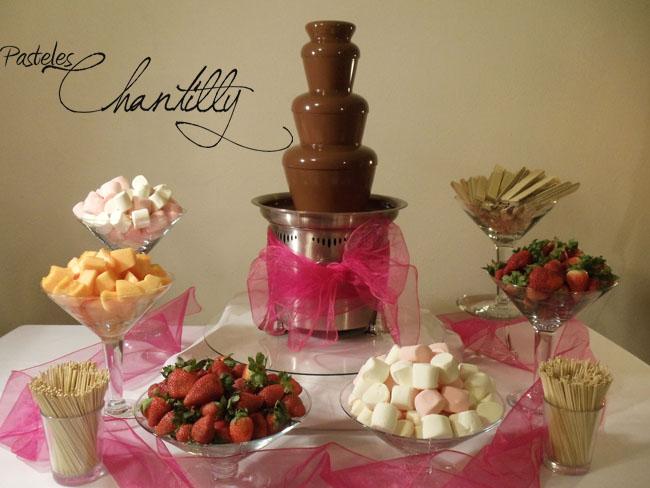 12 Ideas De Fuentes Fuentes De Chocolate Fuentes Bar Con Fuente De Chocolate