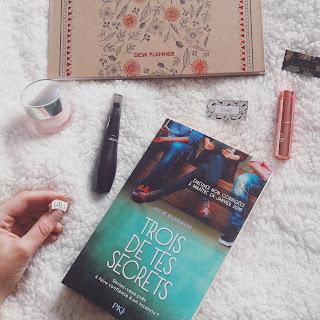 Avis roman Trois de tes secrets Julie Buxbaum Coin des licornes Blog lifestyle Toulouse