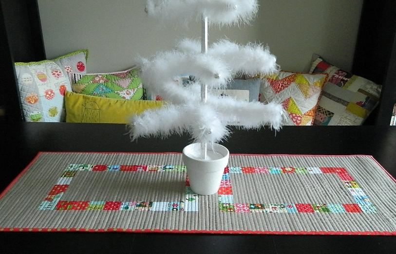 s.o.t.a.k handmade: christmas patchwork table runner {a ...