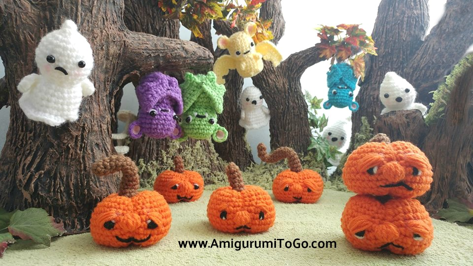 crochet pumpkins ghosts and bats