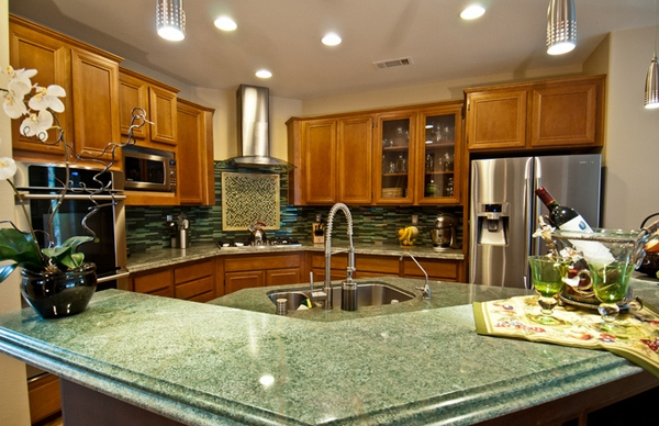 Big White Flower Granite Countertops