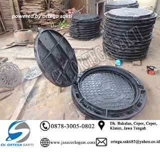 Manhole Cover Cast Iron dengan engsel