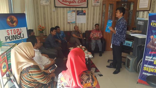 Tingkatkan PAD, DPRD Pessel Kunker ke Perizinan Padangpariaman