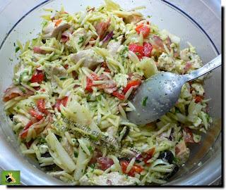 Vie quotidienne de FLaure : Salade de rissnuedle au poulet et asperges