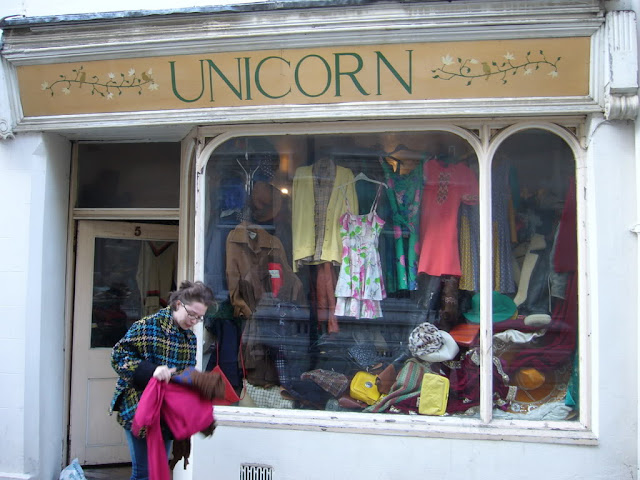 Image: The best second hand shop in Oxford, by Iona McNab, on PhotoBucket