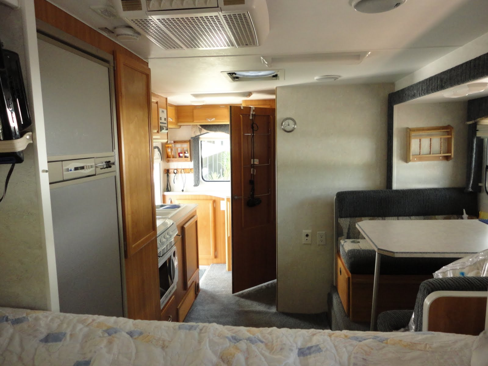 6 Door Ford Truck >> 2005 Lance Camper for sale: More camper and truck photos