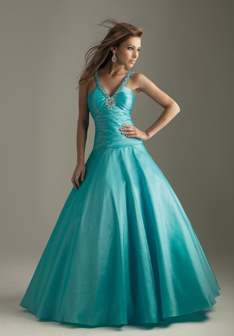WhiteAzalea Ball Gowns: Decorous Ball Gown Long Prom Dresses