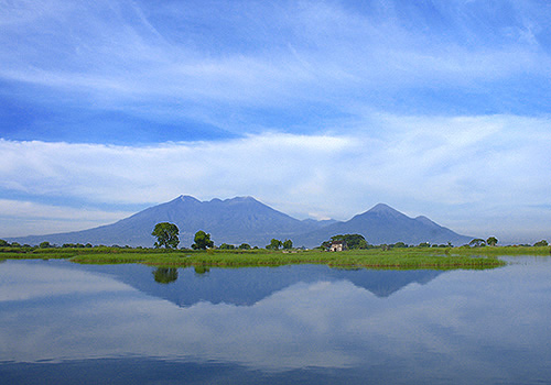 Private Tour Gunung Arjuno Welirang, Porter Basecamp Tretes Pasuruan