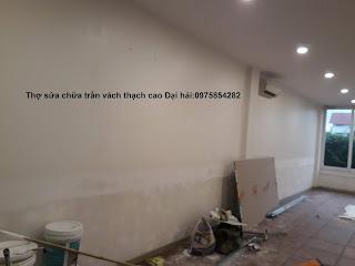 tho-sua-chua-va-tran-vach-thach-cao-tai-long-bien