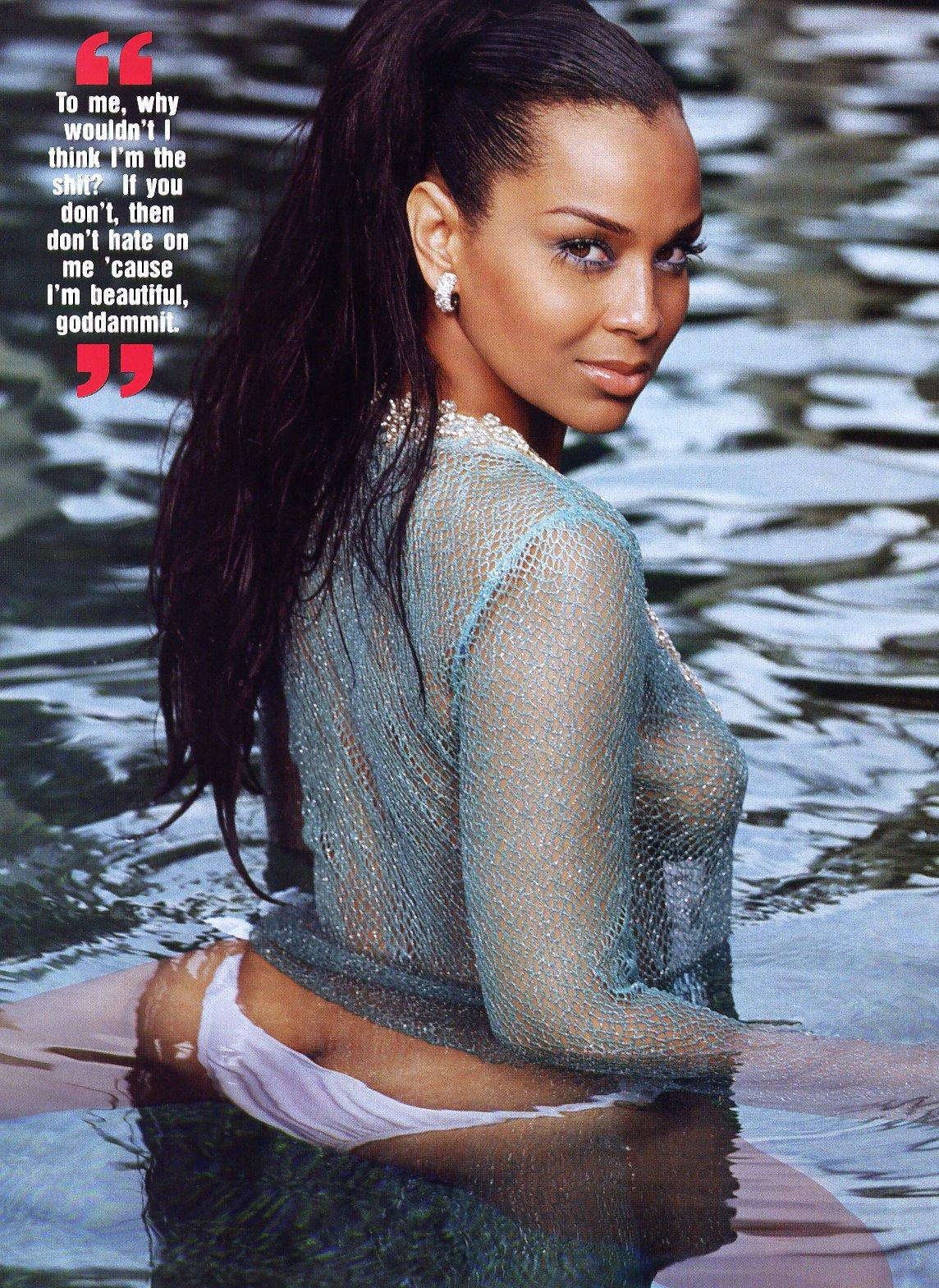 Lisa Raye Shrine: Lisa Raye in Smooth magazine