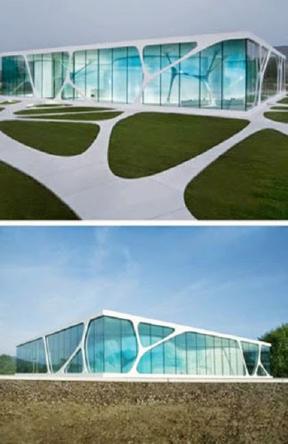 Awesome Unique Glass House in Germany