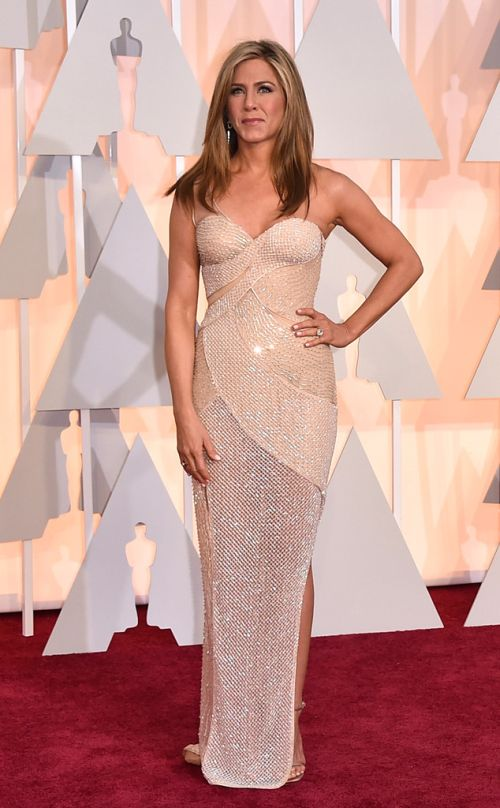 Jennifer Aniston in Versace at the Academy Awards 2015
