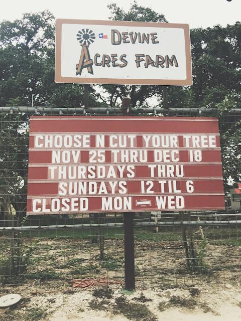 devine-acres-farm-sign