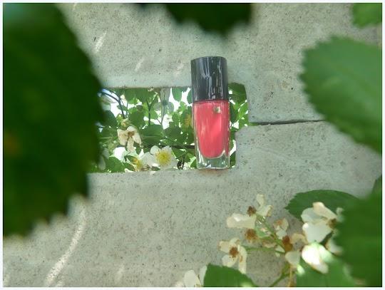 Lancome Vernis in Love Rose Macaron