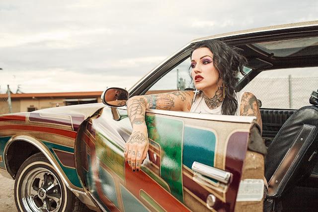 Las chicas con tattoos son más atractivas para los chicos