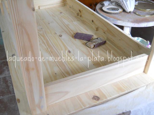 Muebles de pino Laqueado