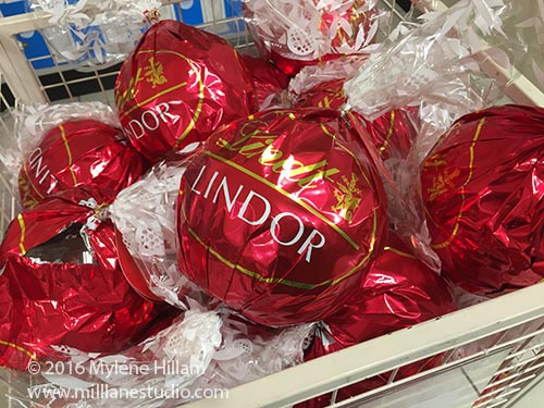 Store display of Lindt Maxi Balls