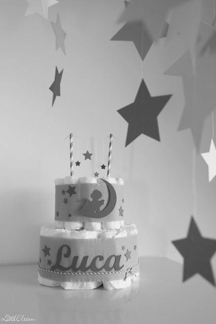 Pamperstorte - Selbermachen - Sterne - Geschenk - Geburt - Baby