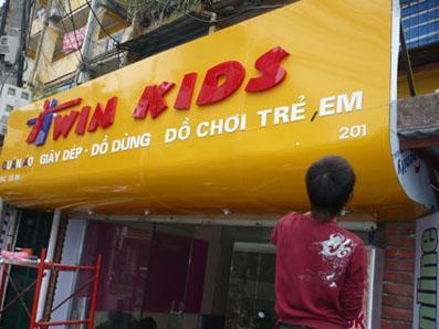 Bảng hiệu shop đồ chơi trẻ em