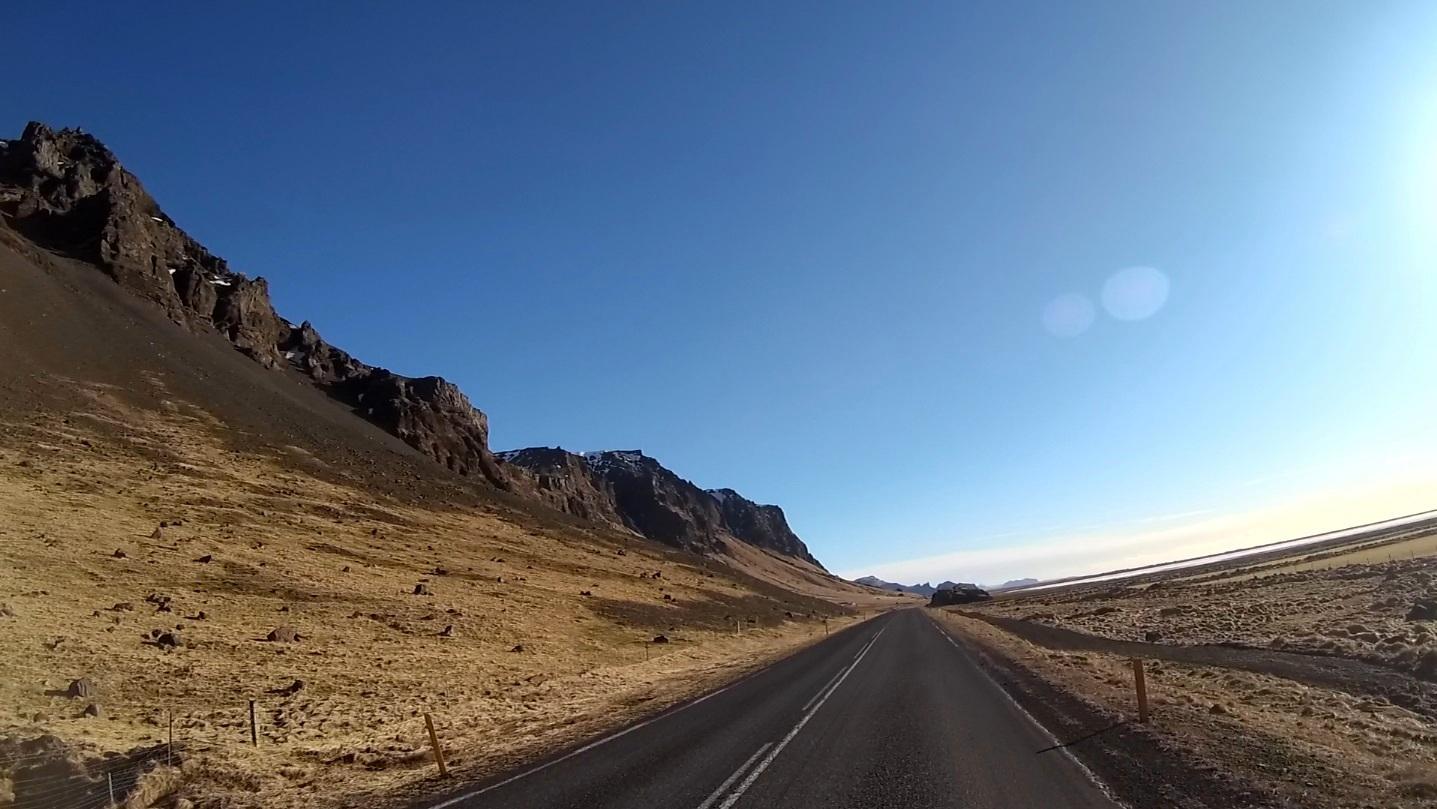 Drogi na islandii marzec