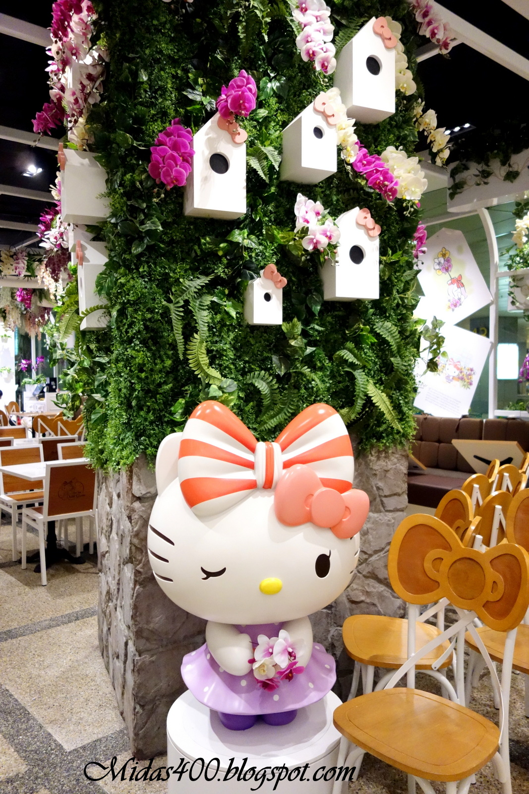 midas food n travel blog hello kitty orchid garden caf. Black Bedroom Furniture Sets. Home Design Ideas