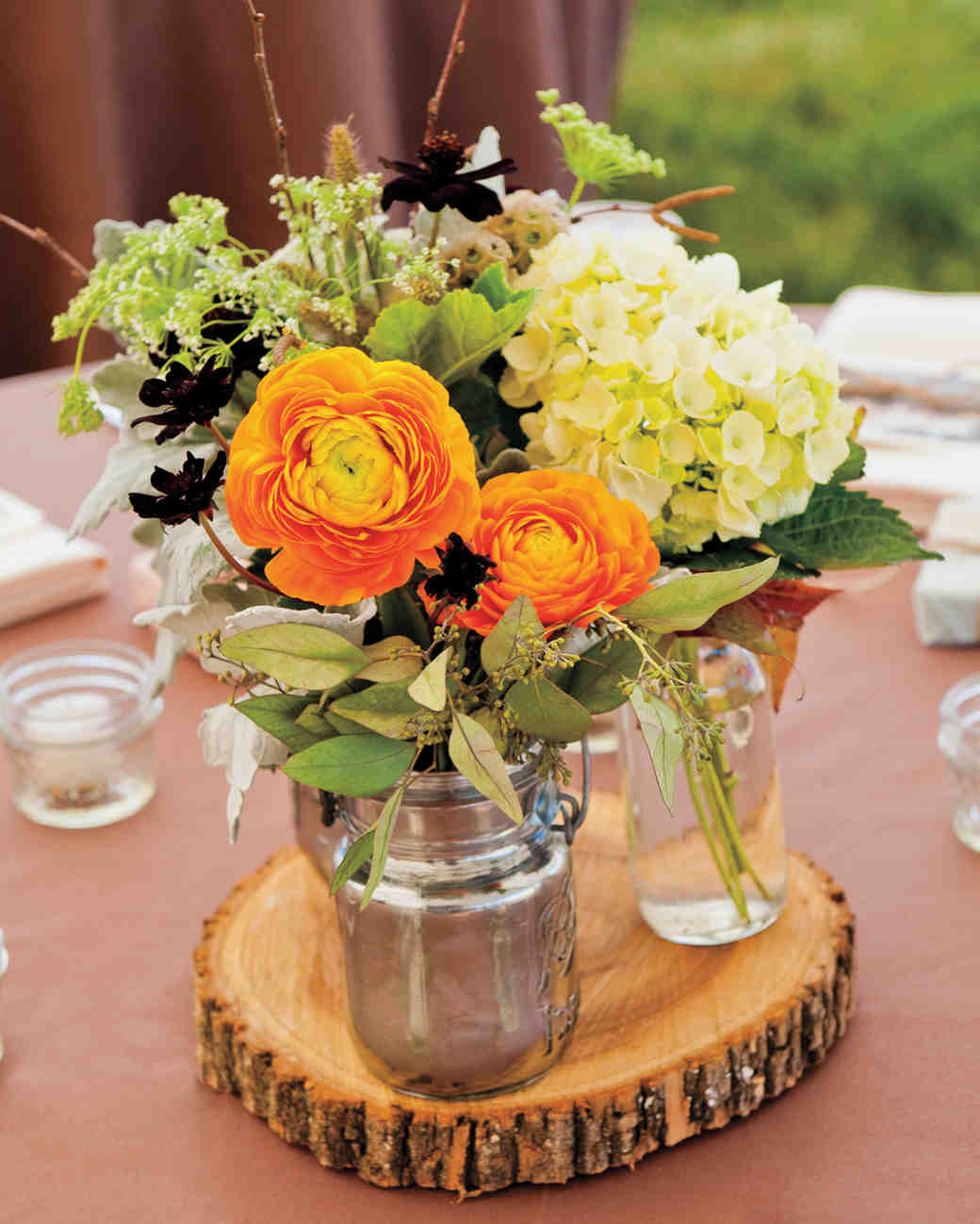 Cheap wedding decoration centerpieces ideas wedding for Wedding dress vase centerpiece