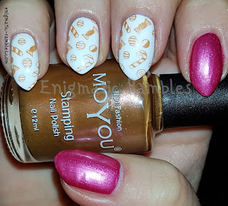 Review-MoYou-Stamping-Nail-Polish-Emperors-Gold