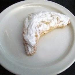 Kifli - Traditional Hungarian Pastry
