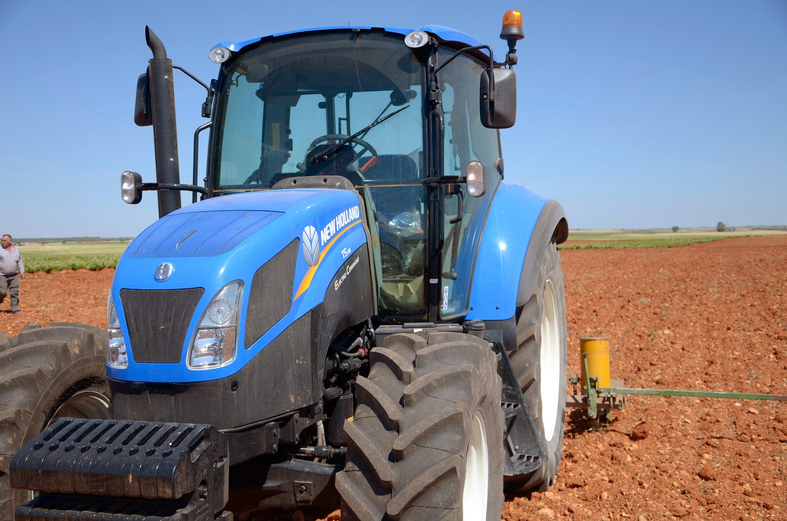 Testing the New Holland T5 115 Electro Command