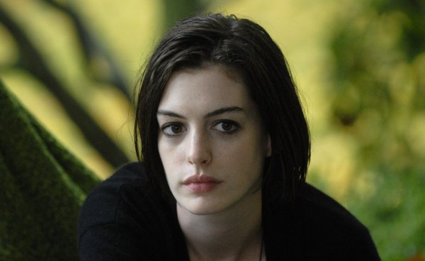 Anne Hathaway in Rachel Getting Married