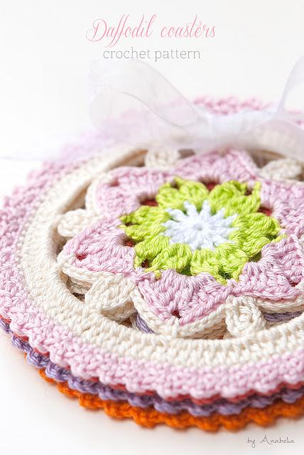 Daffodil crochet coasters pattern by Anabelia Craft Design