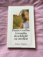 http://bibliophilias-buecherhimmel.blogspot.de/2016/03/ein-paar-worte-zu.html