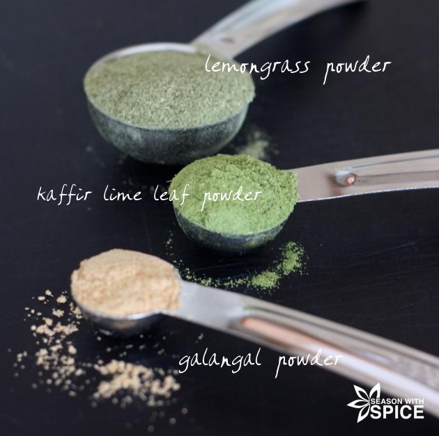 Lemongrass powder, kaffir lime leaf powder, and galangal powder for making Thai recipes