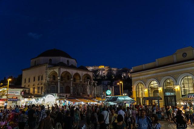 Place de Monastiraki-Athènes-Grèce