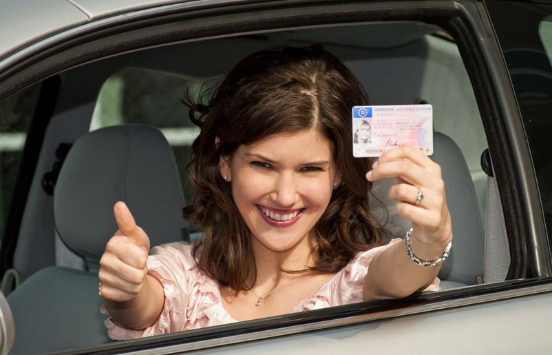 خطوات استخراج رخصة القيادة الالمانية Führerschein