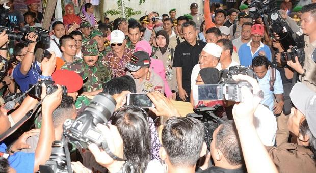 TNI-Polri Tegakkan Kedaulatan di Perbatasan NKRI
