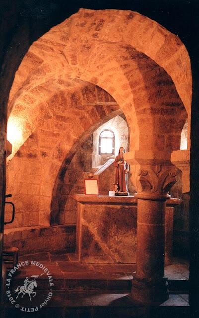 CANIAC DU CAUSSE (46) - Crypte romane