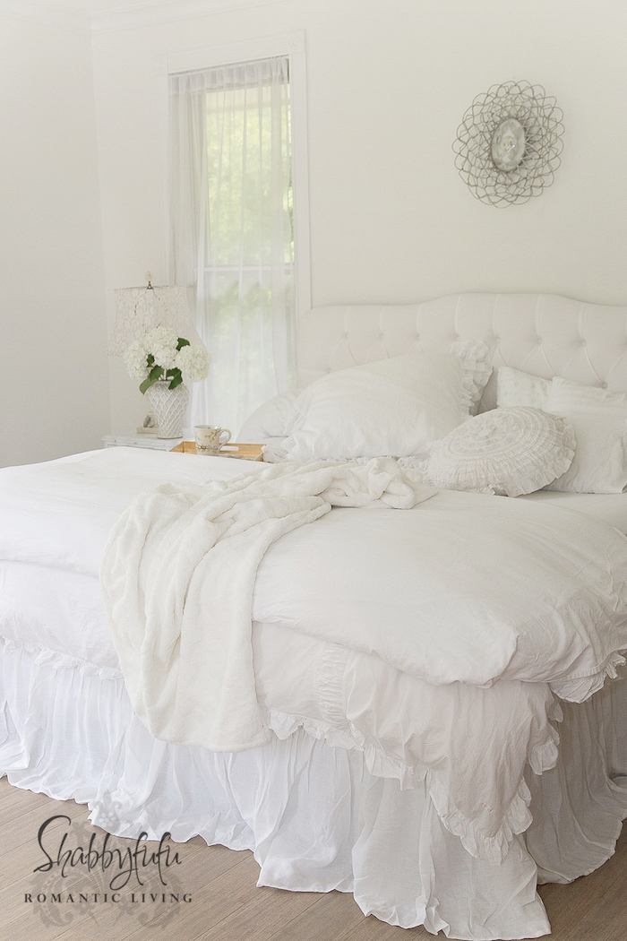 Marvelous shabby chic white bed