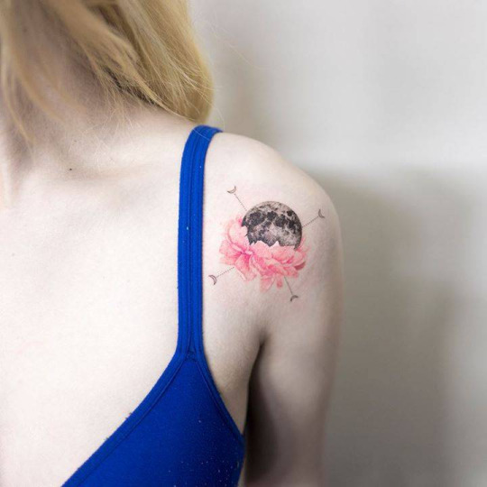Awesome Moon Shoulder Tattoos