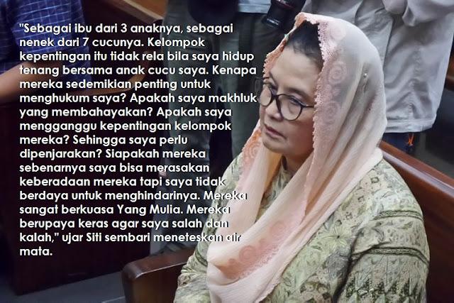 """[video] Teteskan Air Mata Saat Baca Pledoi, Siti Fadilah """"Kelompok Kepentingan Itu Tidak Rela Bila Saya Hidup Tenang Bersama Anak Cucu Saya"""""""