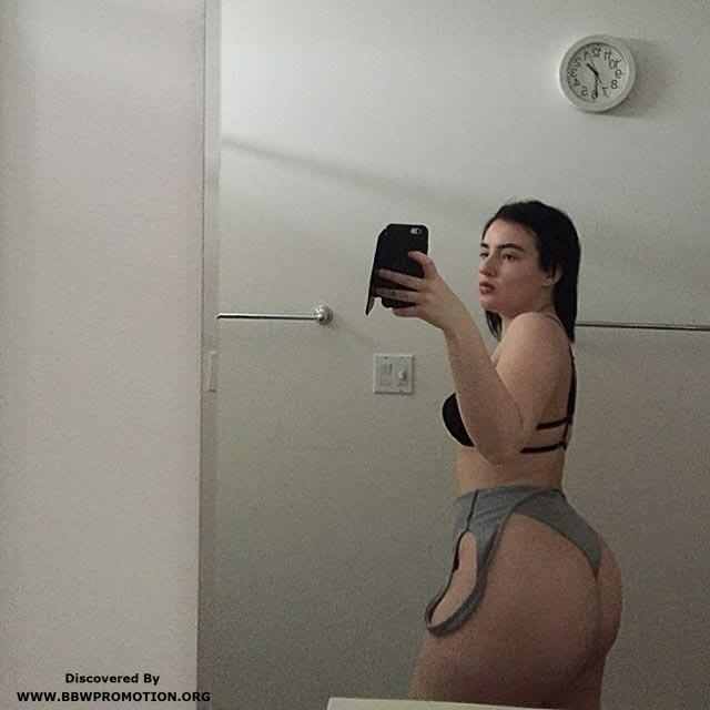 sabrina monique nude