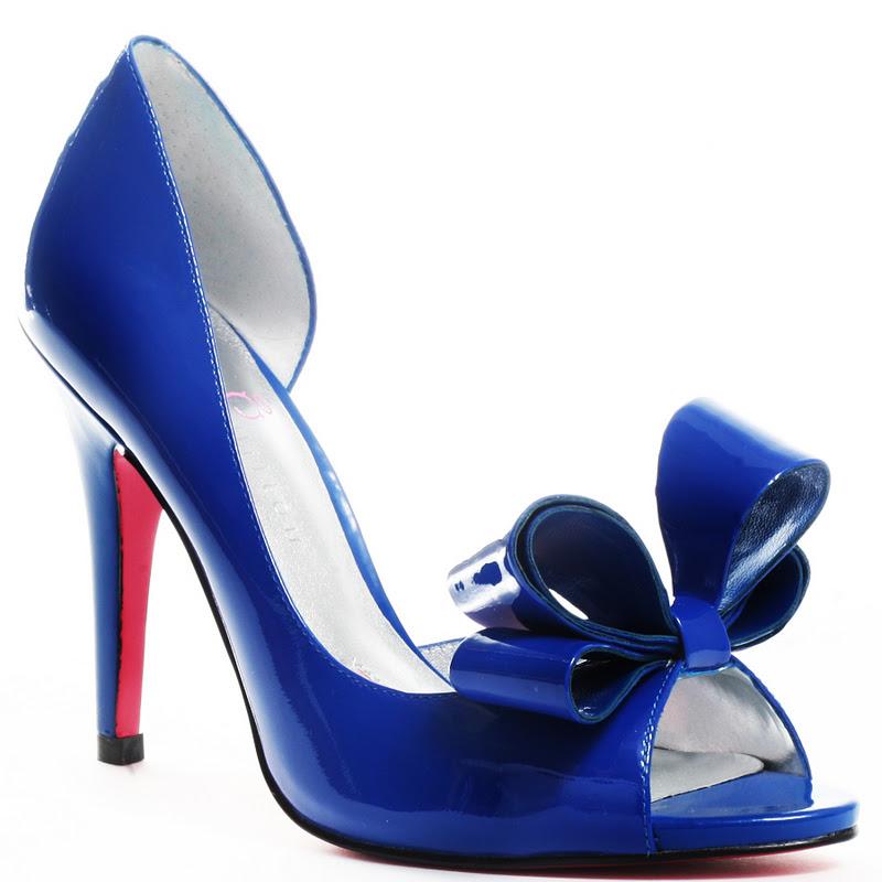 Fashion Wallpaers 2013: Blue Wedding