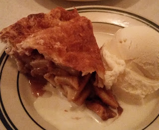 Pies n Thighs Apple Pie Review
