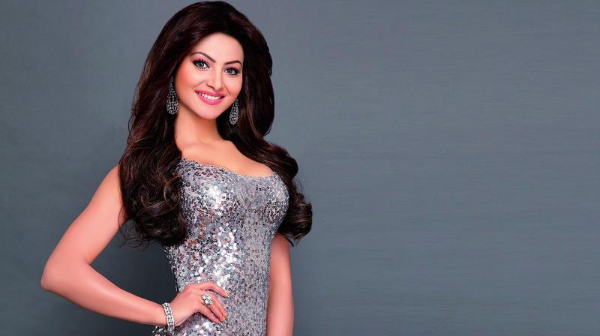 Urvashi Rautela Wiki | Biography | Age | Mother | Height | Affair | Family