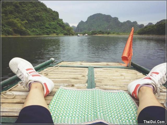 Thái Dúi đi du lịch Tràng An